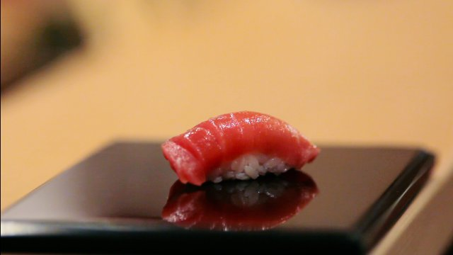 "HollywoodandFine.com You shouldn't see ""Jiro Dreams of Sushi"" on an empty stomach. Indeed, you should have sushi in ready proximity once you have seen this fascinating look at the world's […]"