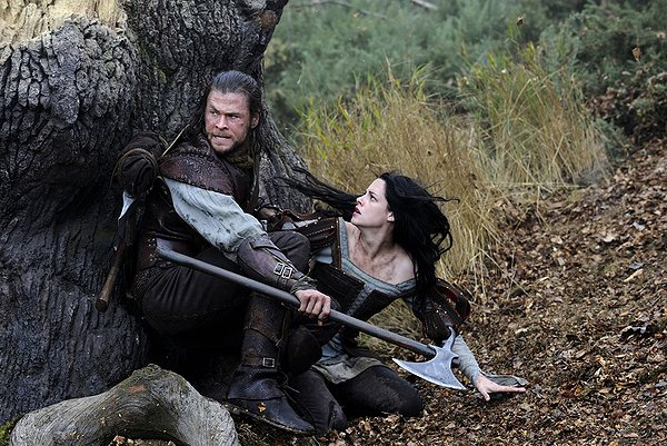 "HollywoodandFine.com For a movie based on a fairy tale, ""Snow White and the Huntsman"" is kind of grim – or is that Grimm? The year's second movie based on the […]"