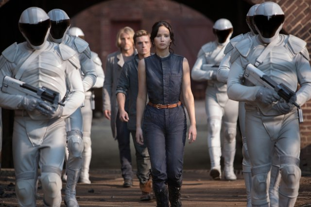 "HollywoodandFine.com There's not much to say about ""The Hunger Games: Catching Fire,"" because it does what it's supposed to. The sequel to last year's hit, this second installment of what […]"